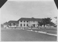 11939-hoofdgebouw-alg-zkhs-bandoeng-1920